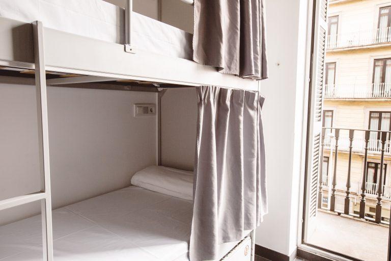 Hostel Photos: close-up-bed-2-min.jpg