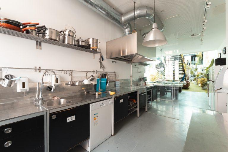 Hostel Photos: kitchen-lx-2.jpg
