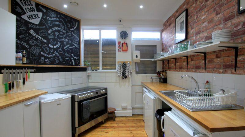 4+-+Kitchen+(0)