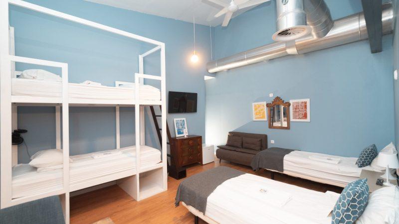 Hostel Photos: Family-lx.jpg