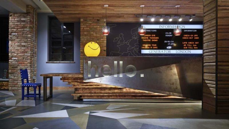 lon_interiors_reception-hello-desk_hr_nikolas-koenig_resized_1